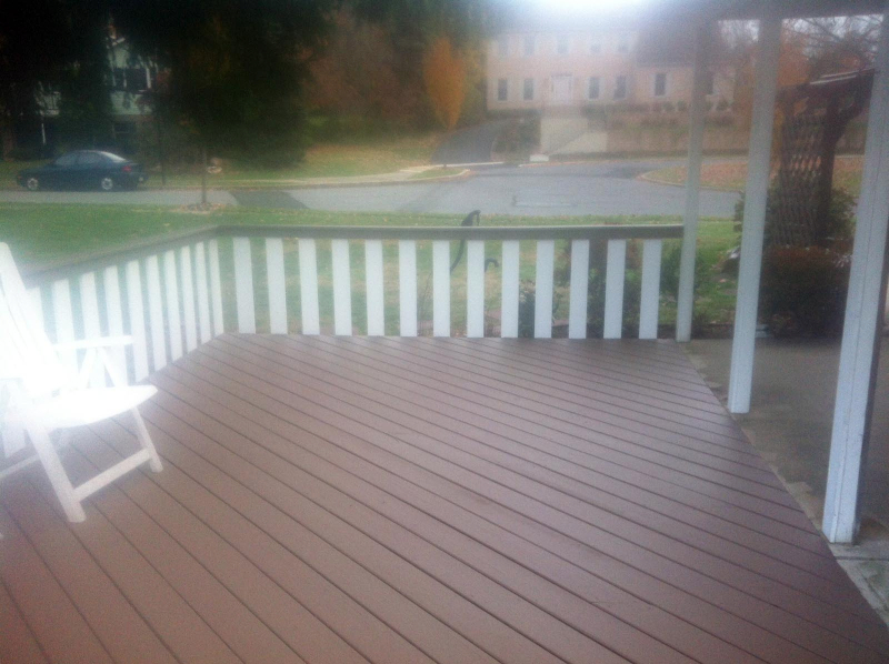 009-deck-staining